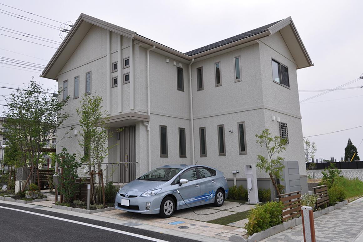 Toyota will begin testing its V2H technology later this year at approximately 10 of its Toyota City smart homes