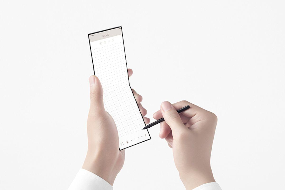 The Oppo slide-phone concept folds out in three stages, finishing in a 7-inch display - with a built-in stylus offering a notepad-like experience