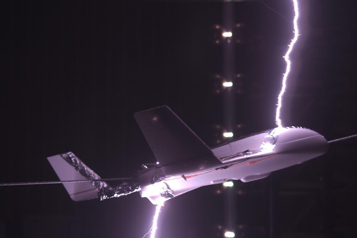 Lightning laboratory test on model aircraft