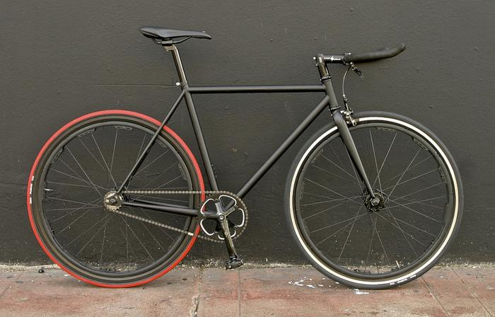 Mission Bicycle Company's Revolights Wheels-equipped single-speed Valencia