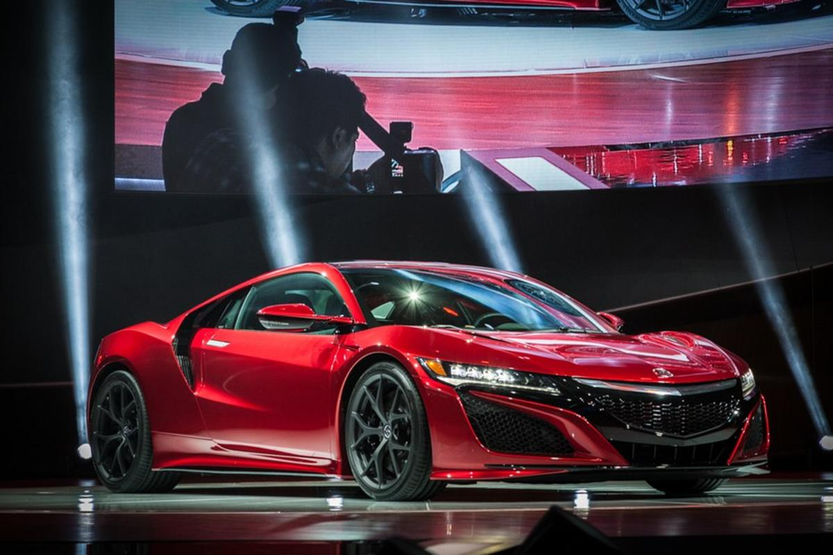 World premiere of the production NSX at the 2015 North American International Auto Show