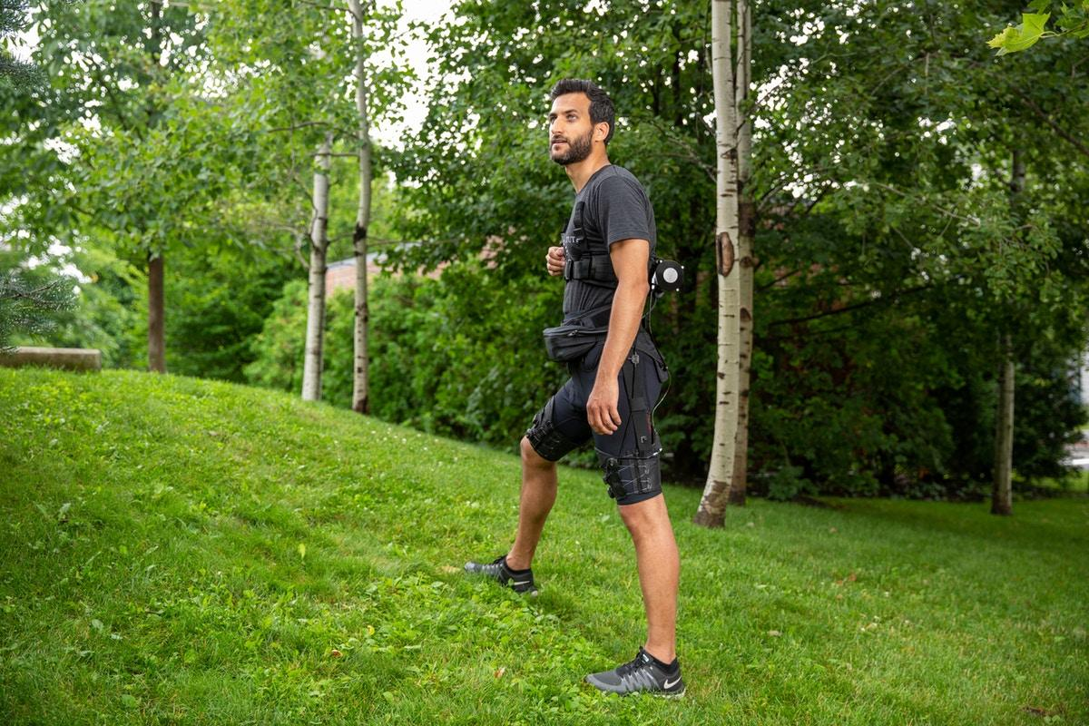 The latest iteration of the soft exosuit detects the transition between ealking and running gaits, and adjusts the gait profile of the mobile actuation system to suit