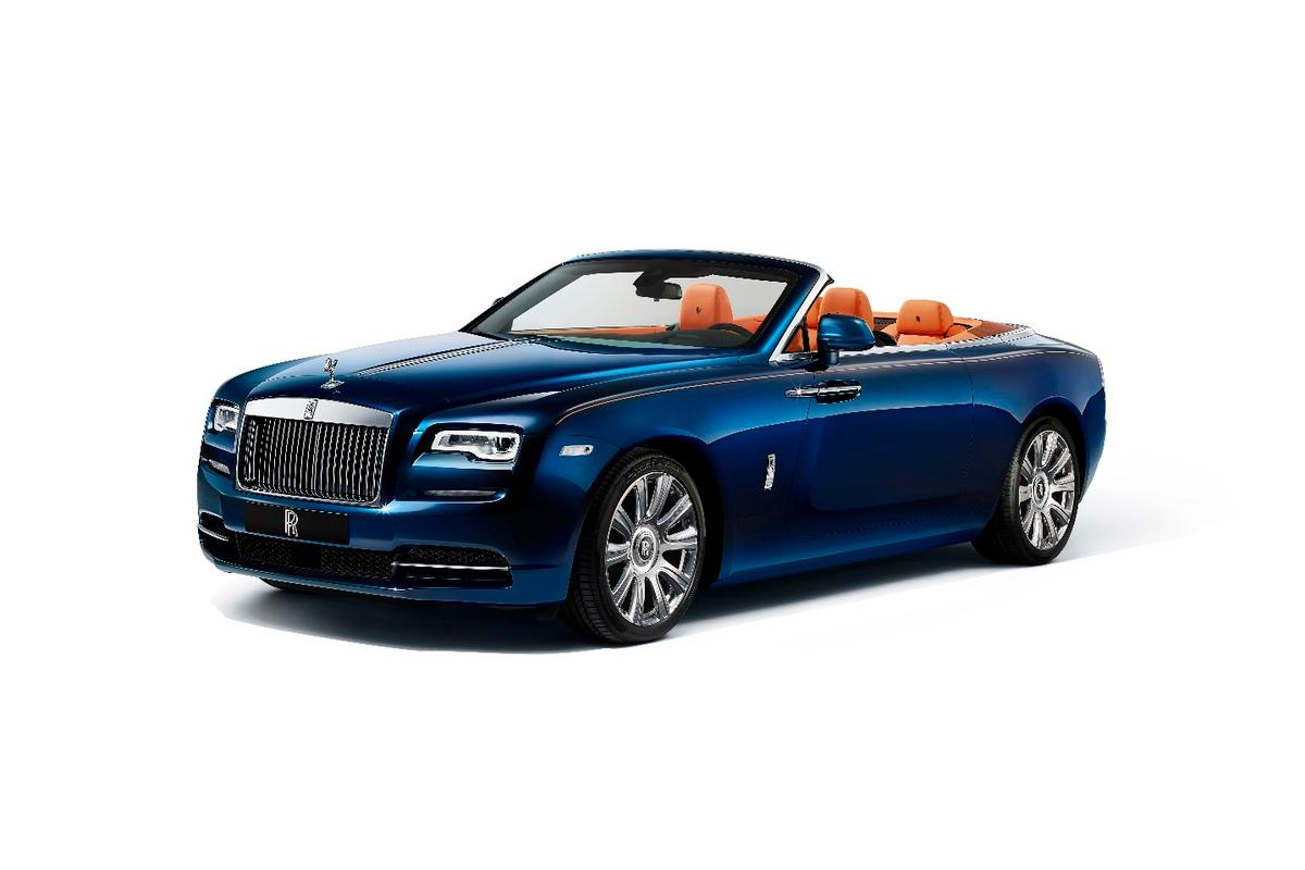 Rolls-Royce has aimed to transfer the four-seat luxury that comes with a coupe to top-down motoring