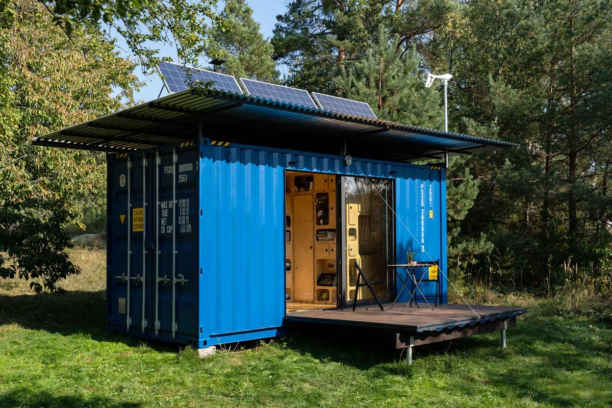 Pin-Up Houses says the materials and labor for the Gaia came in at US$21,000