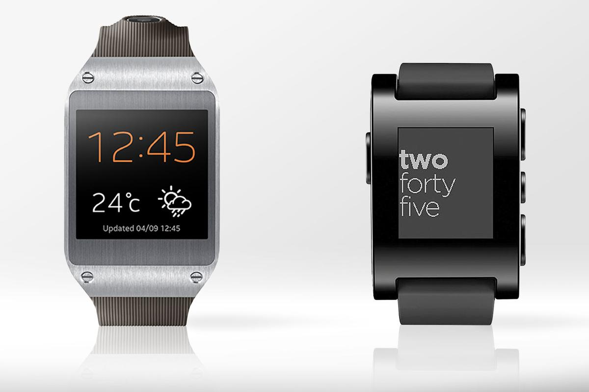 Gizmag compares the features and specs of the Samsung Galaxy Gear (left) and Pebble smartwatch
