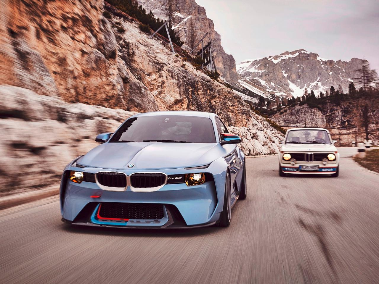 The BMW 2002 Hommage with the car that inspired its creation