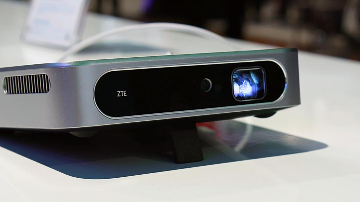 ZTE's new device on display at CES (Photo: Eric Mack/Gizmag)