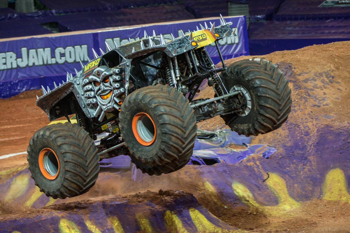 We asked Monster Jam drivers Colt Stephens, Charlie Paukin and Tom Meentz to talk us through the unique experience of driving a 10,000 pound, 1500 horsepower monster truck (Photo: Noel McKeegan/Gizmag.com)