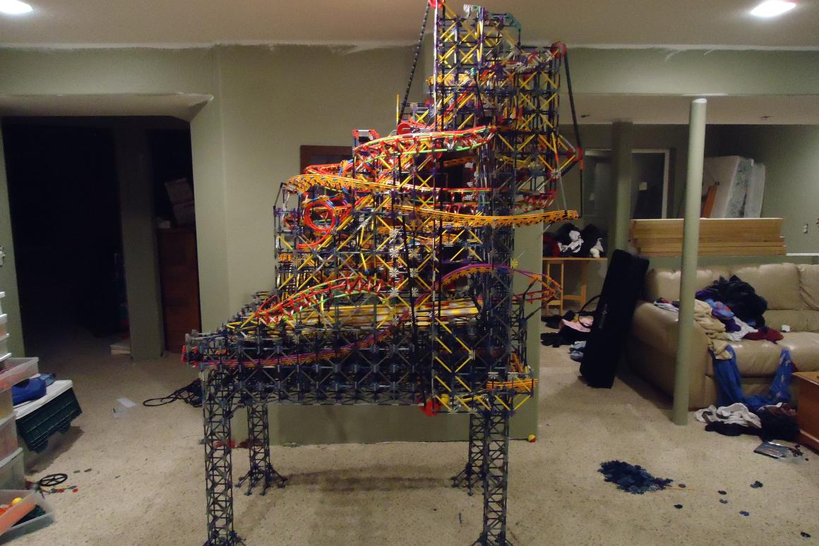 The Pinball Machine built using only K'Nex