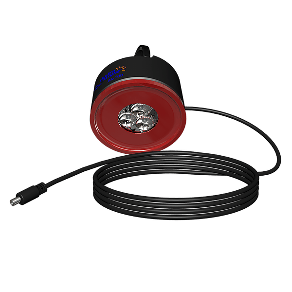 The PL-500 comes with a palm-sized 3-LED Accessory Light, which can be plugged into and powered by a 2.5-mm outlet on the main lantern, via a 30-ft (9-m) power cord