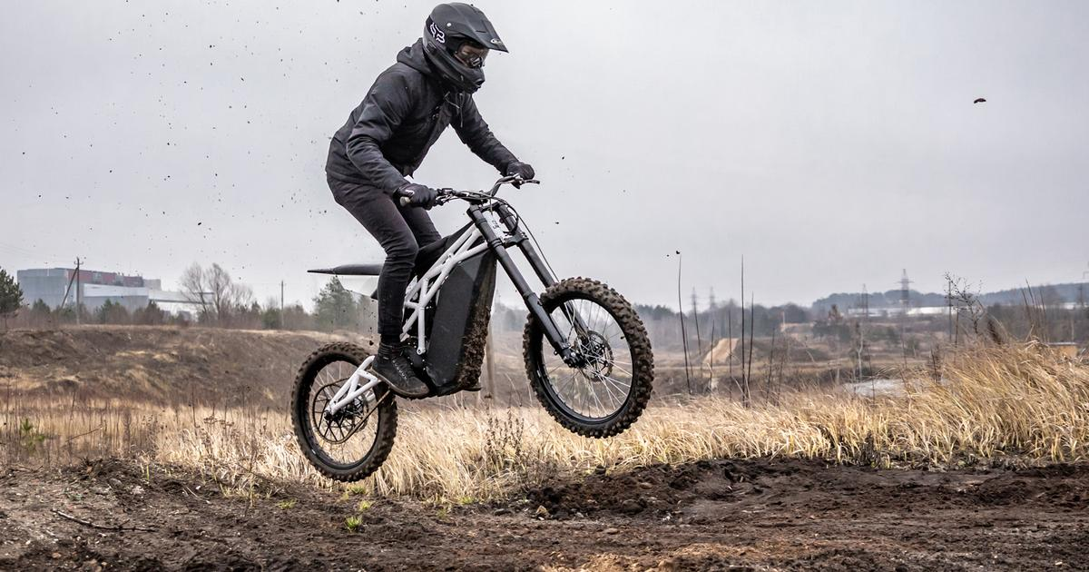 UBCO's FRX1 hits the sweet spot between ebikes and electric dirt bikes