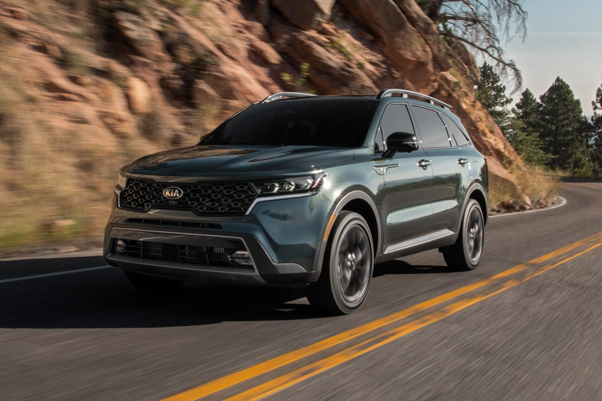 Kia introduces new design, tech and hybrid options for ...