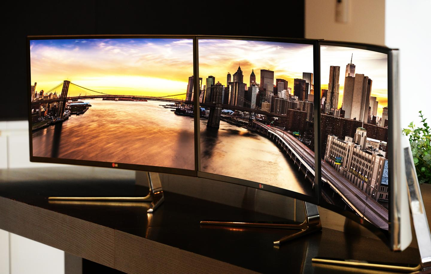 LG says that its flagship UltraWide monitor is equally suited to the needs of professional users and home entertainment enthusiasts