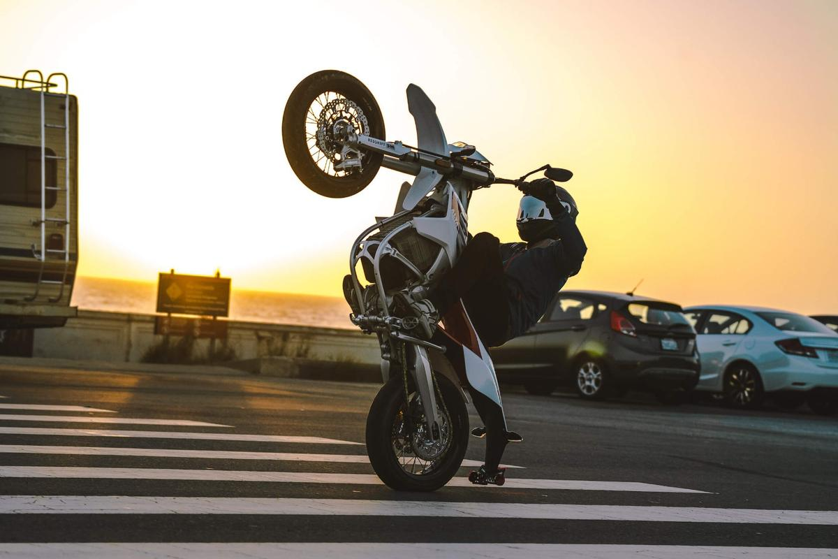 Alta Motors Redshift SM: Electric supermoto madness