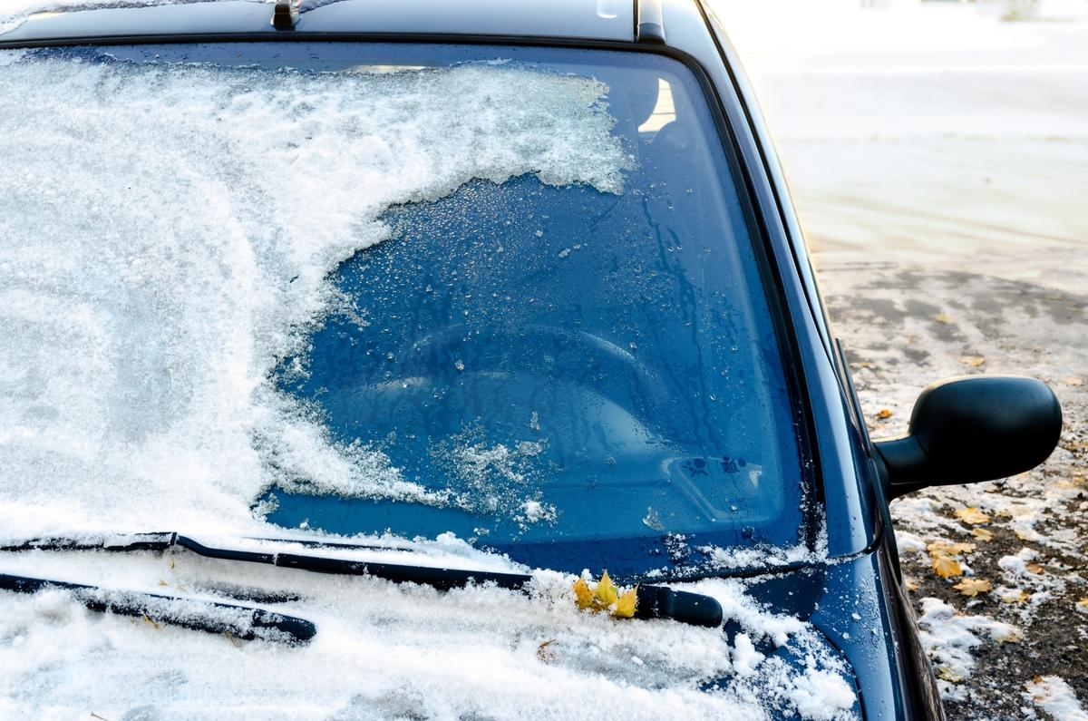A new anti-icing material, made of phase-changing liquids, could keep surfaces frost-free up to 300 times longer than existing methods