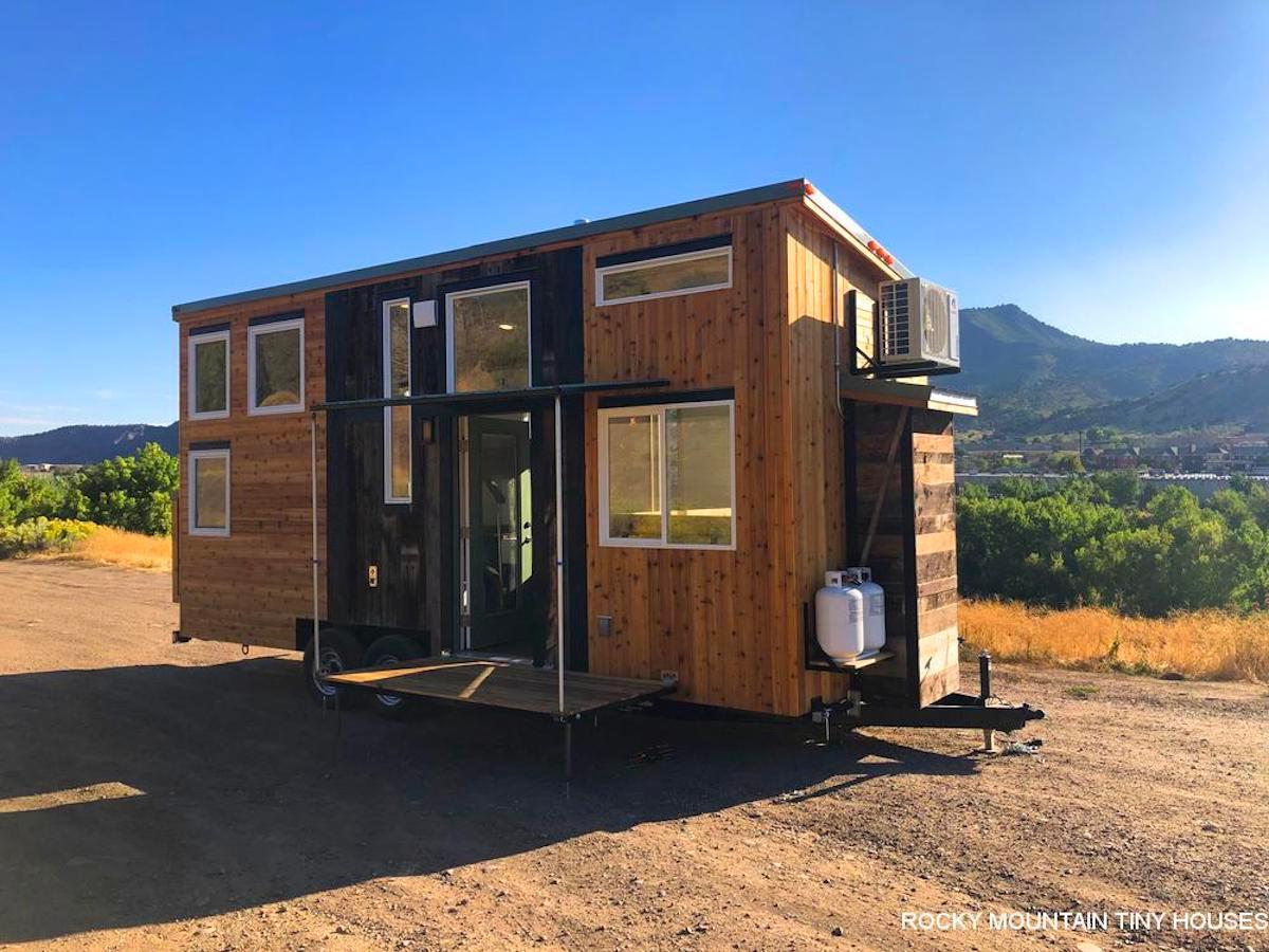The Timberwolf 24' Tiny House cost roughly US$95,000, including its off-the-grid-equipment