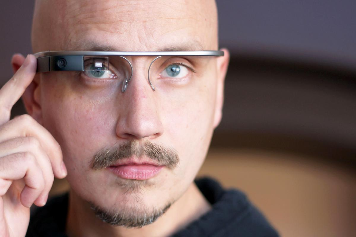 Gizmag shares some more thoughts about being part of the Google Glass Explorer program