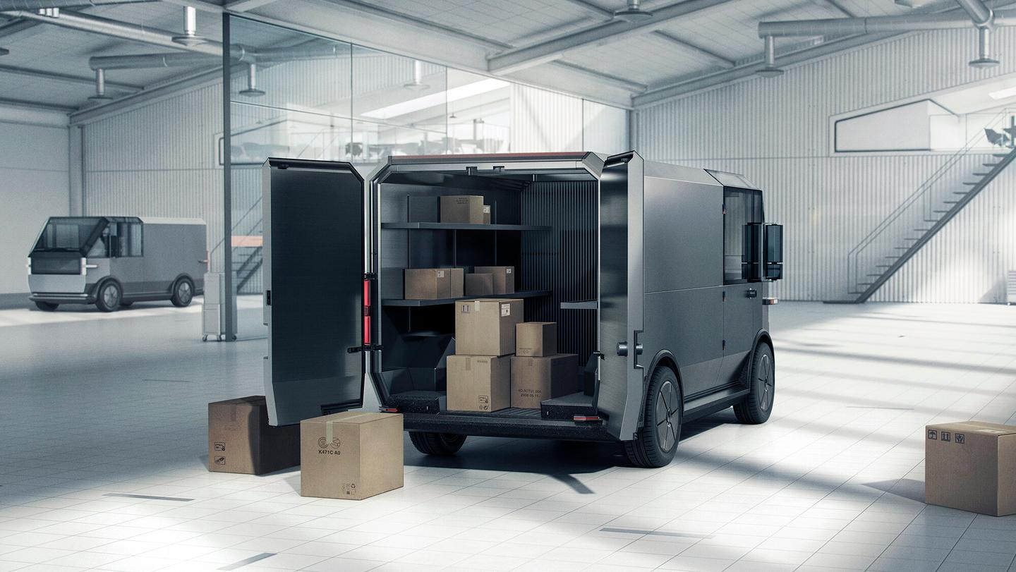 The MPDV1 variant has a cargo capacity out back of up to 200 cubic feet, while the MPDV2 maxes out at 450 cubic feet