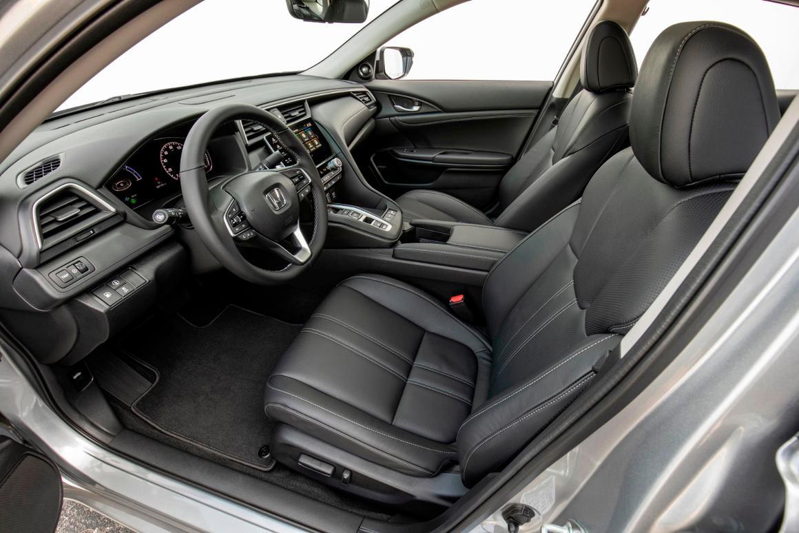 Review: The 2019 Honda Insight is a normal sedan at 55 mpg