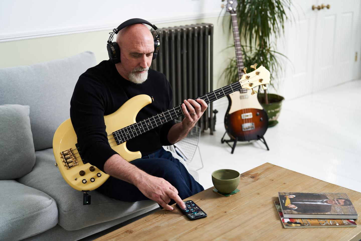 Bass players can practice solo, get rhythmic with onboard acoustic drum patterns, or jam with music streamed from a smartphone