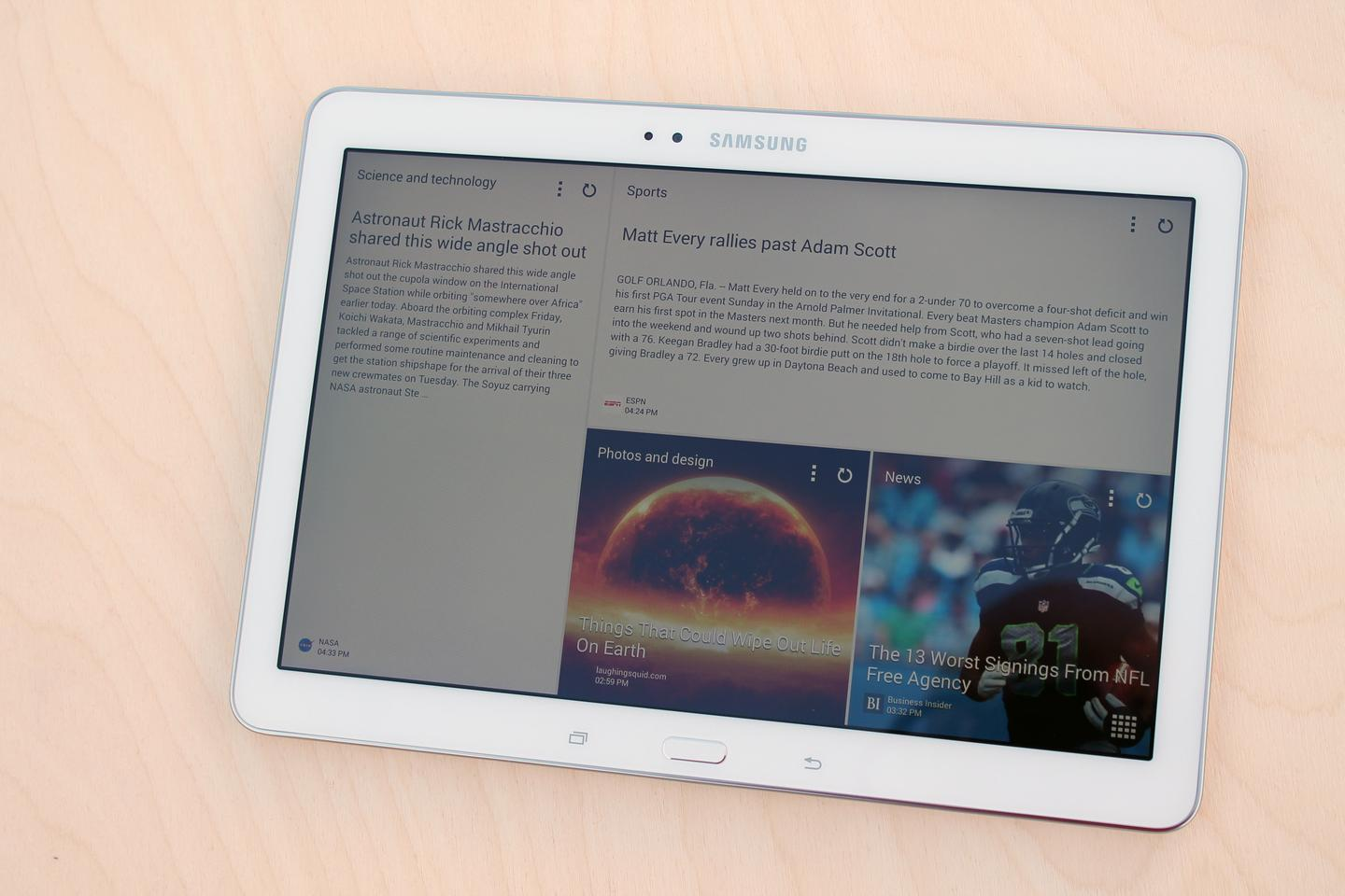 Samsung's Magazine UX puts Flipboard widgets on your home screen