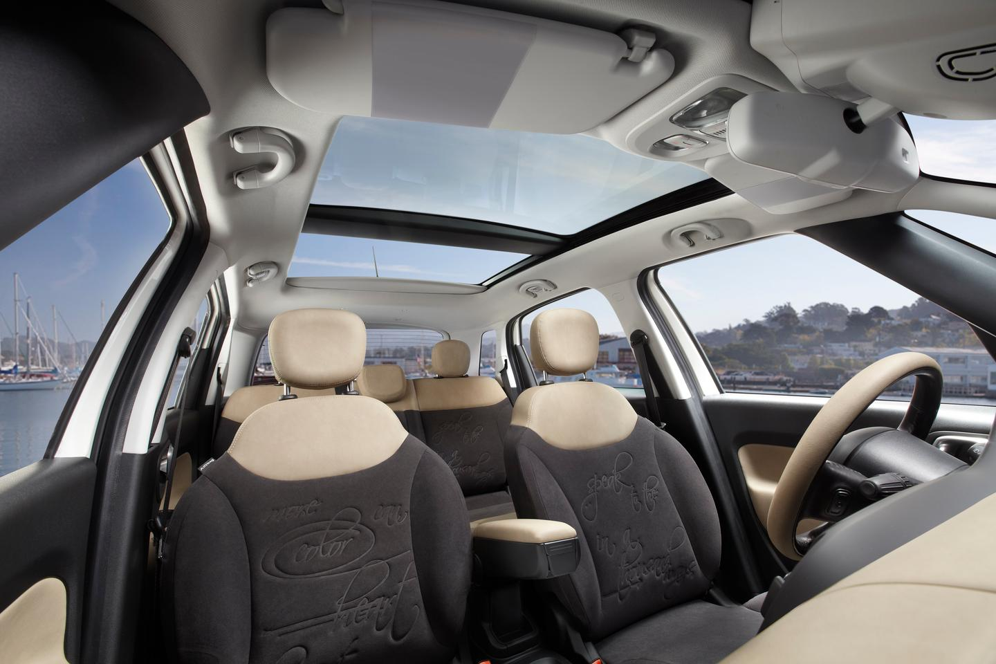 The nearly 360-degree view from the inside of the Fiat 500L