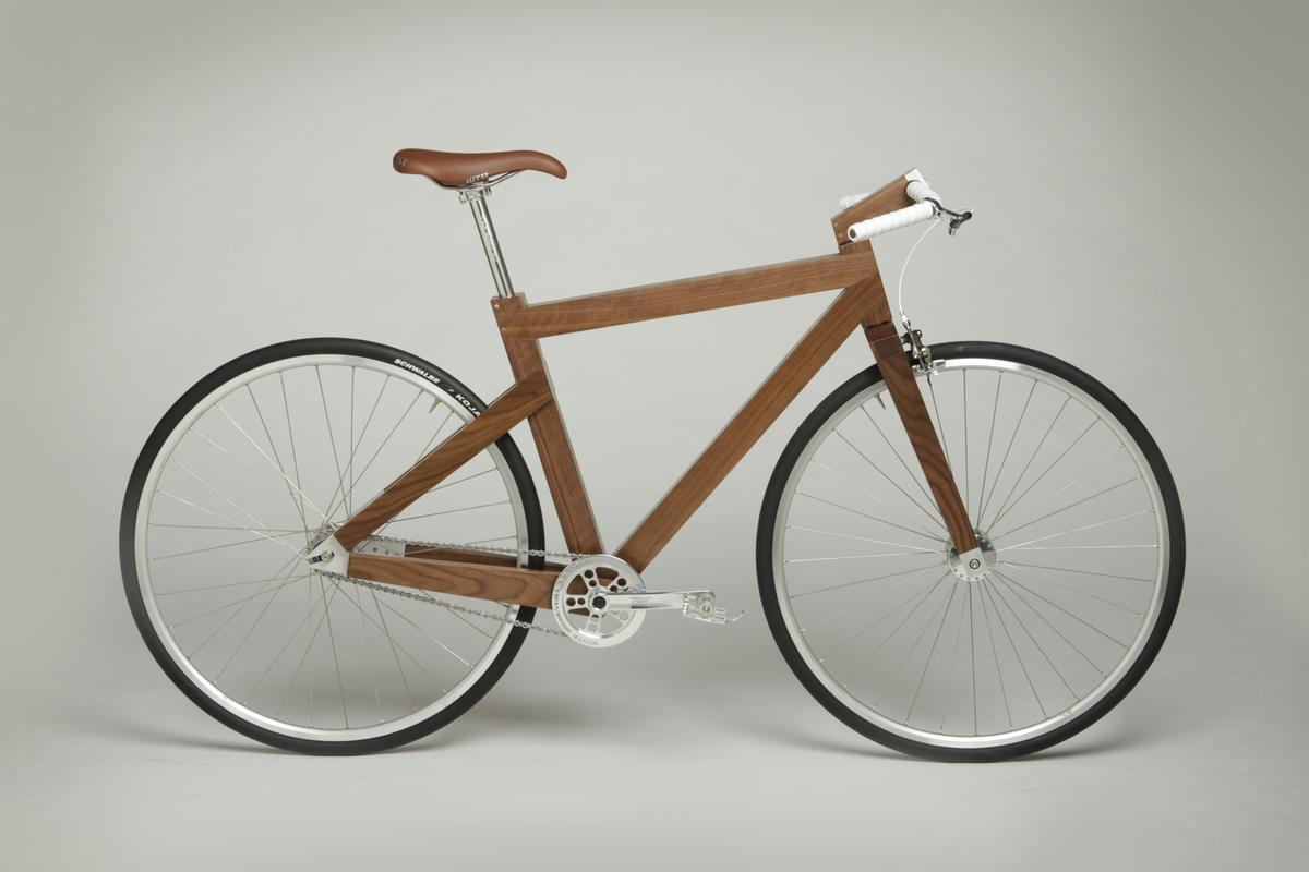 Using his furniture-making skills and bike know-how, Seth Deysach has created the Lagomorph bike - and is now taking special orders