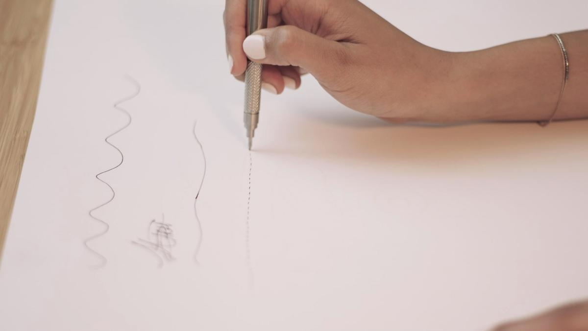 The Inki pen's tip moves up and down at a rate of 700 movements per minute