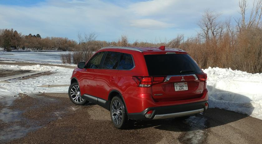 Review: 2018 Mitsubishi Outlander is a budget-minded 3-row