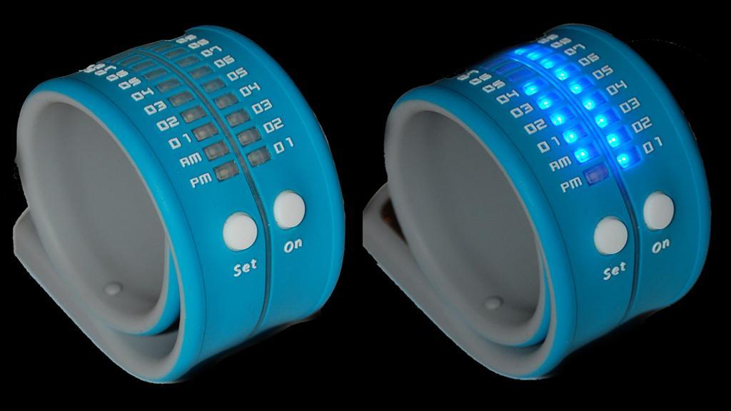 Ritmo Mundo's Reflex watch takes a slap bracelet form factor