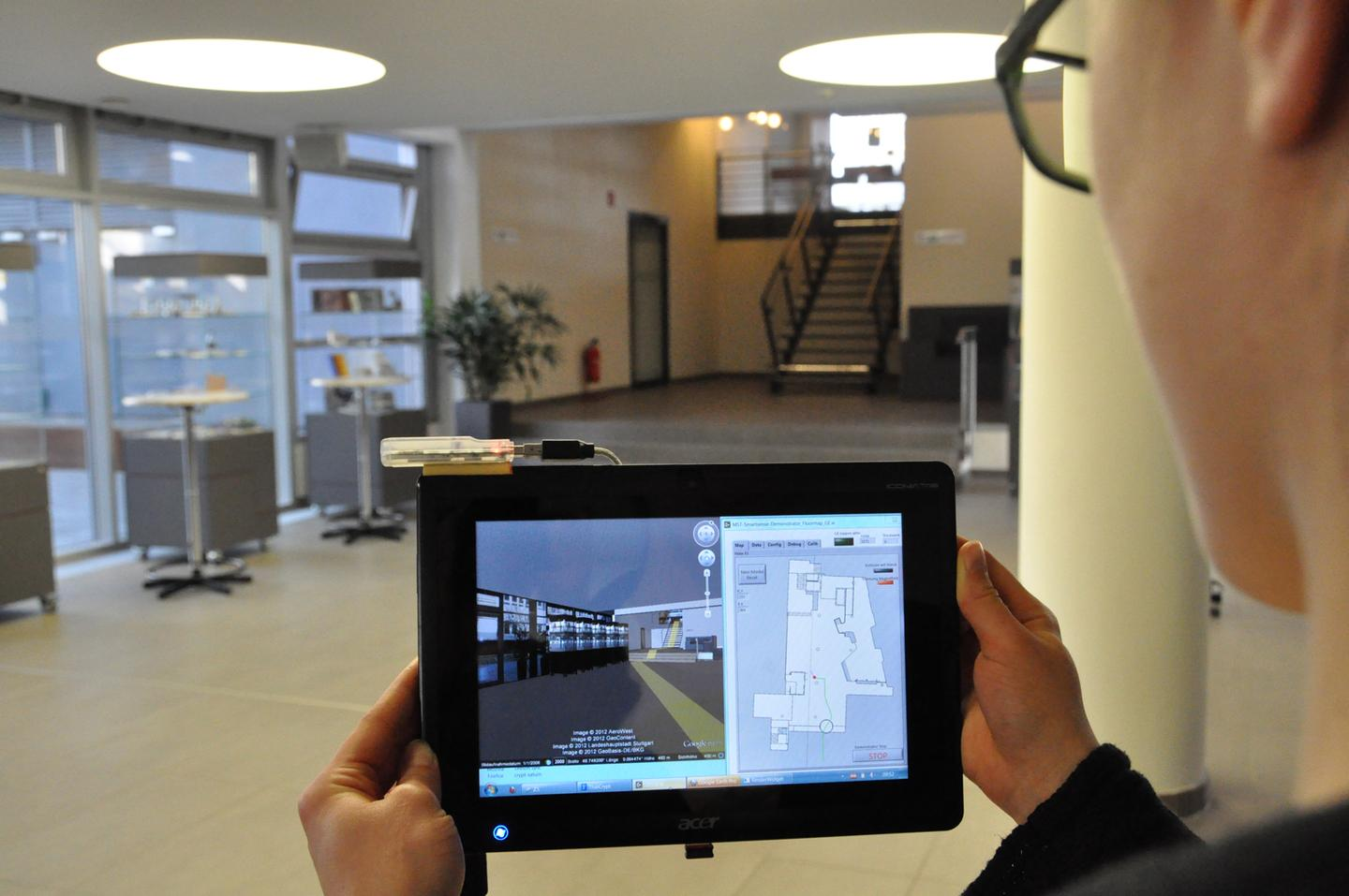 The Smartsense system provides real-time turn by turn navigation indoors (Photo: Fraunhofer IPA)