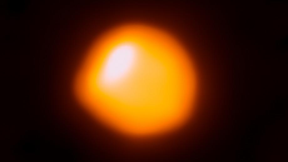 An ALMA image of the supergiant star Betelgeuse