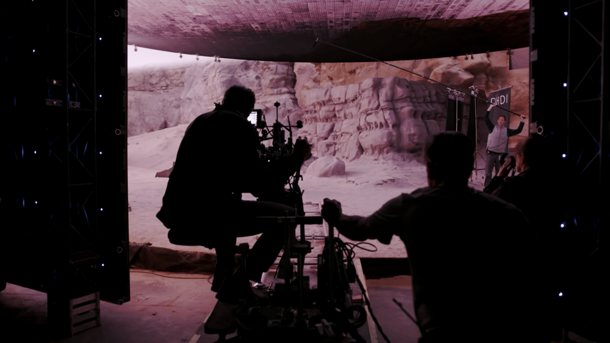 Real cameras shooting in an Unreal environment