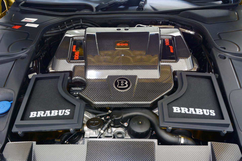 The V12 biturbo power plant of the Brabus 900 Desert Gold