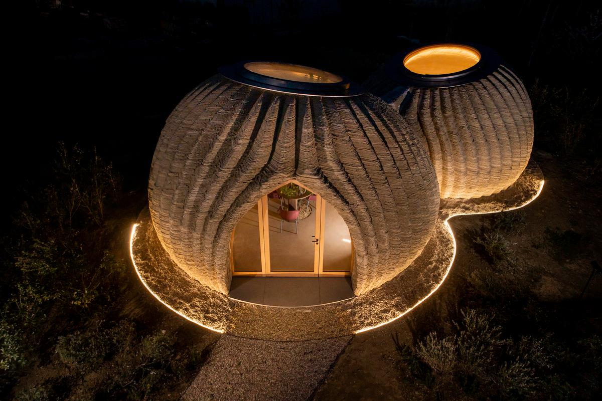 TECLA is the very first eco-sustainable housing model to be constructed entirely from 3D-printing technology using local raw earth materials