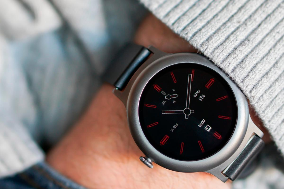 New Atlas reviews the LG Watch Style, a small and wafery smartwatch that launches with Android Wear 2.0