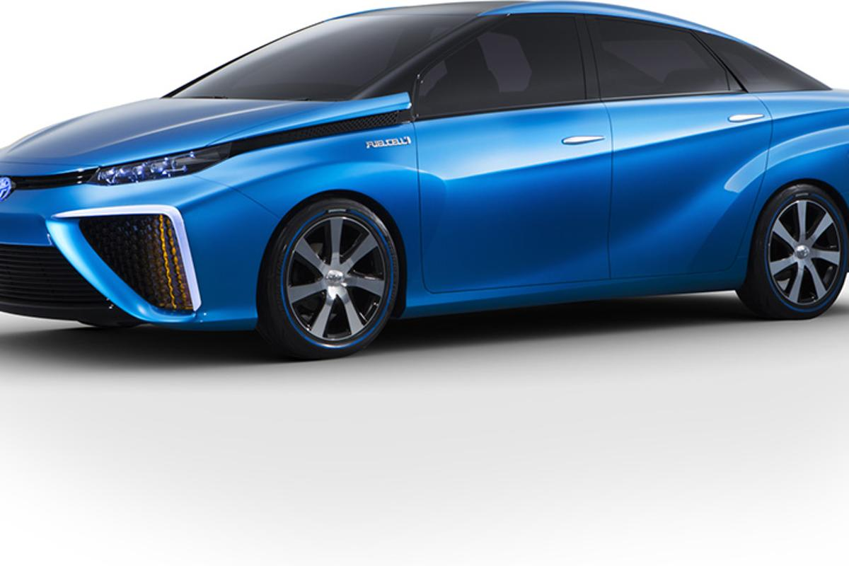 Toyota has announced its intention to begin selling fuel cell vehicles from 2015