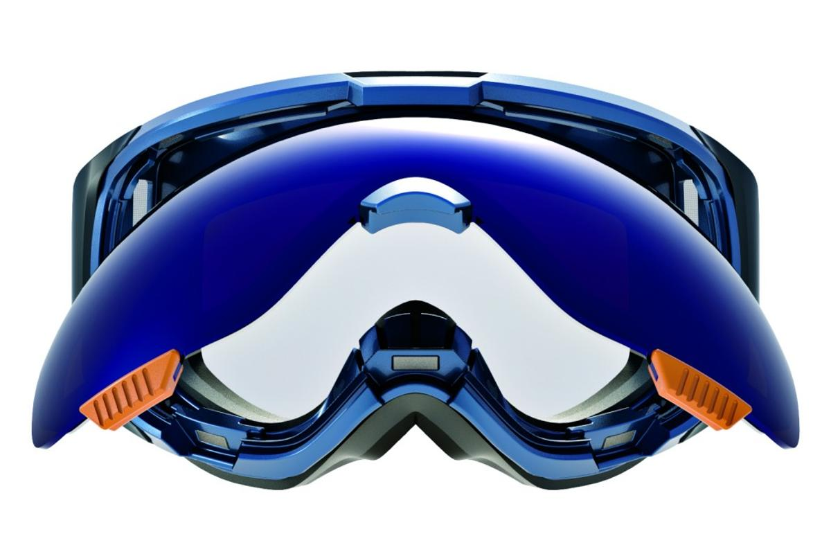 Anon M1 goggles with Magne-Tech use magnets to make swapping lenses easy