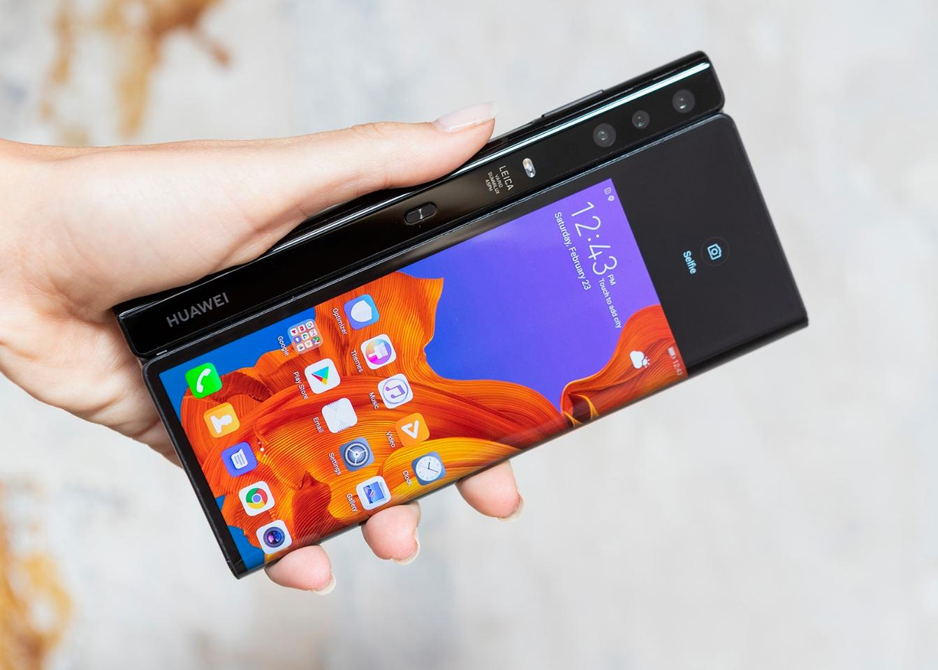 Huawei unveils the foldable Mate X phone, complete with 5G