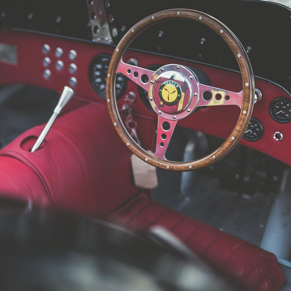 The gorgeous steering wheel in the Lister Knobbly