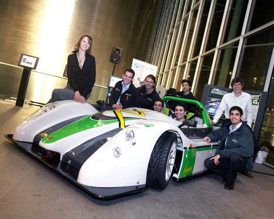 Imperial College's SRZERO EV has completed two laps of on the M25 motorway
