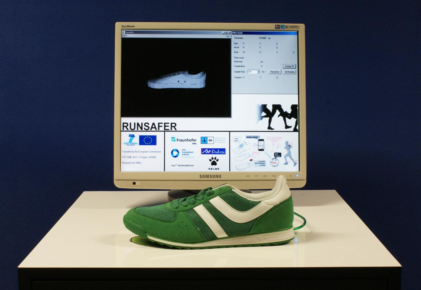 A high-tech running shoe being developed by Fraunhofer has the ability to evaluate a jogger's running form and technique in real-time