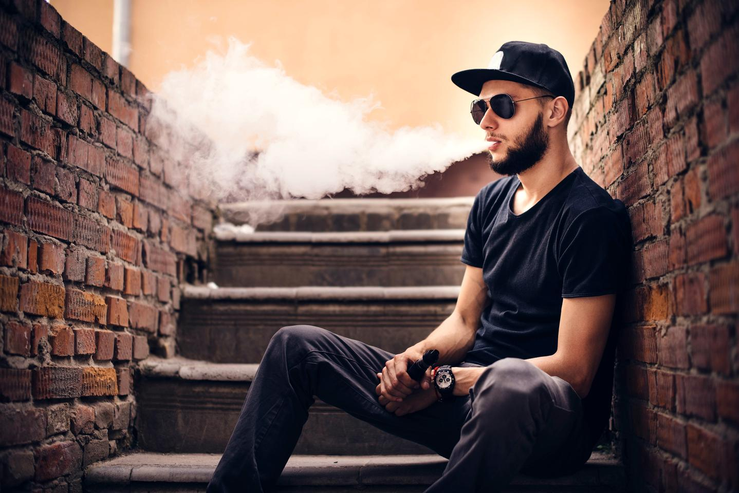 Two new studies present a correlation between cognitive complaints and e-cigarette use