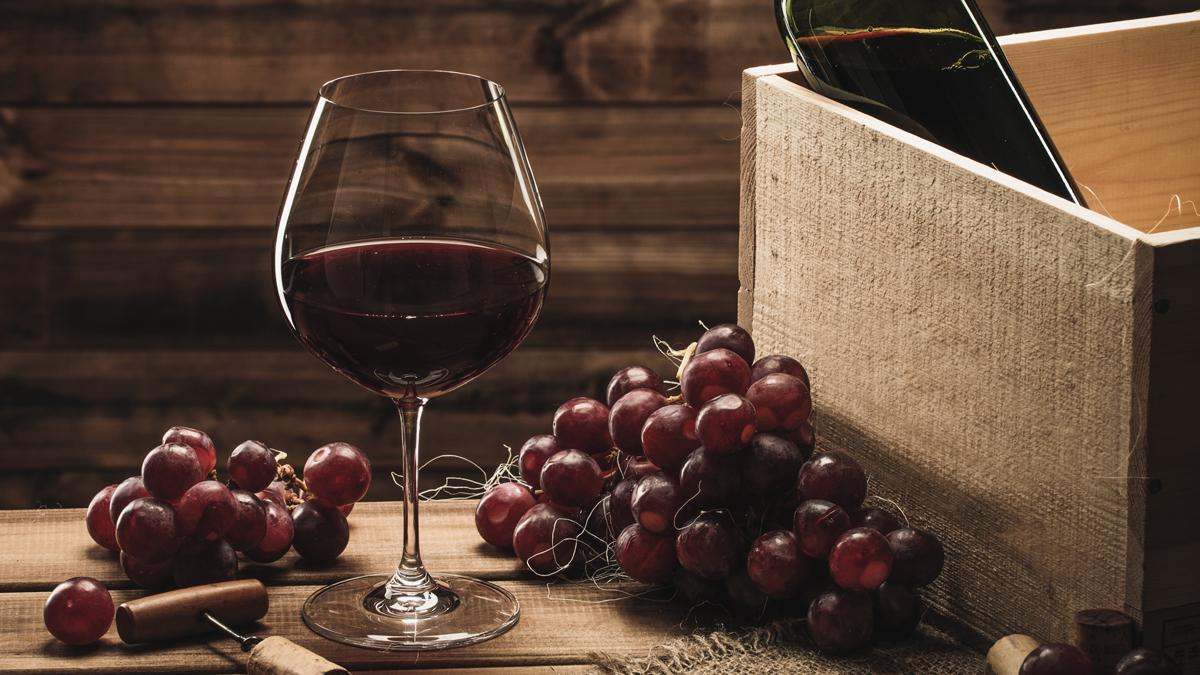 Resveratrol, found in grape skins and red wine, has been found to kill the cells most likely to cause cancer (Photo: Shutterstock)