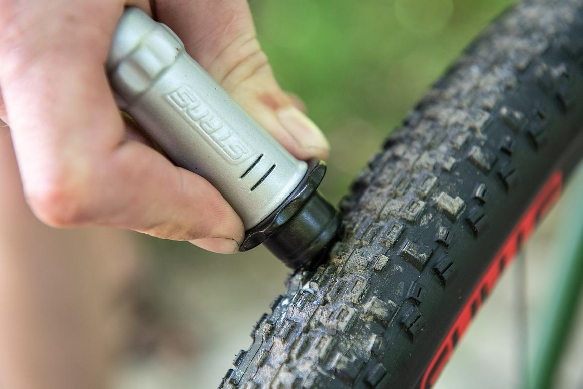 The Dart tool can also be used on road and gravel bike tubeless tires