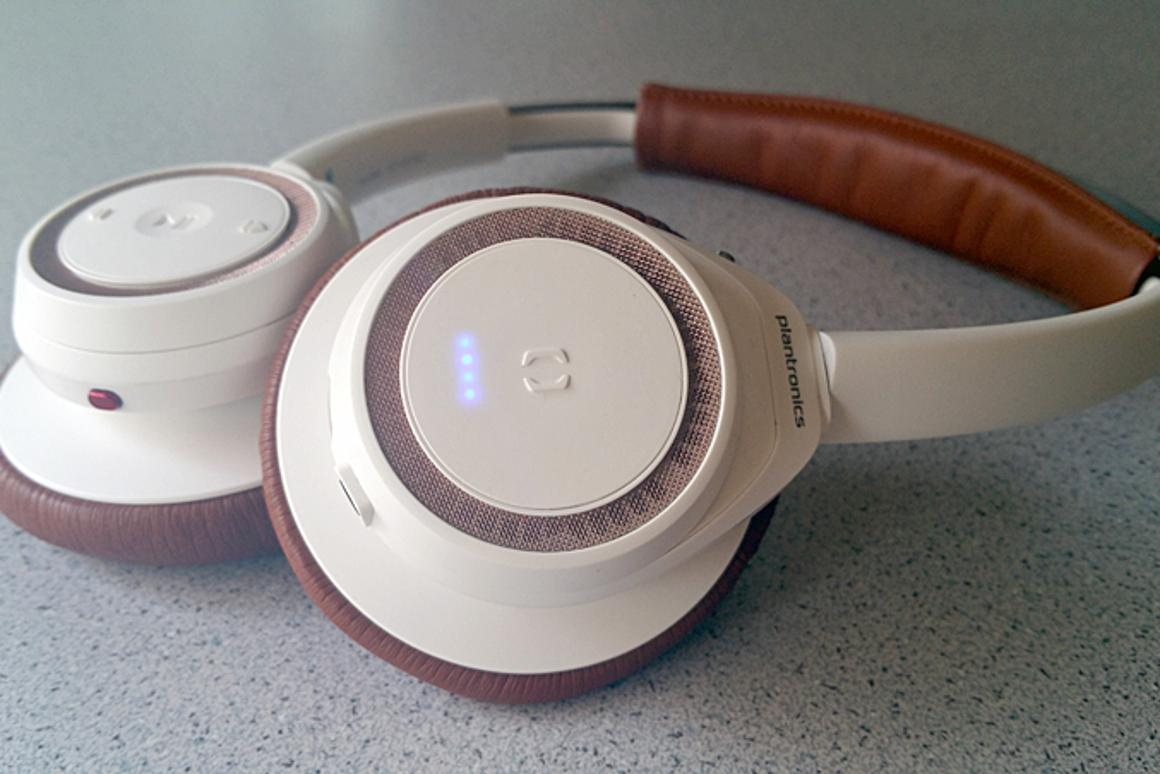 Gizmag reviews the latest from Plantronics, the BackBeat Sense headphones