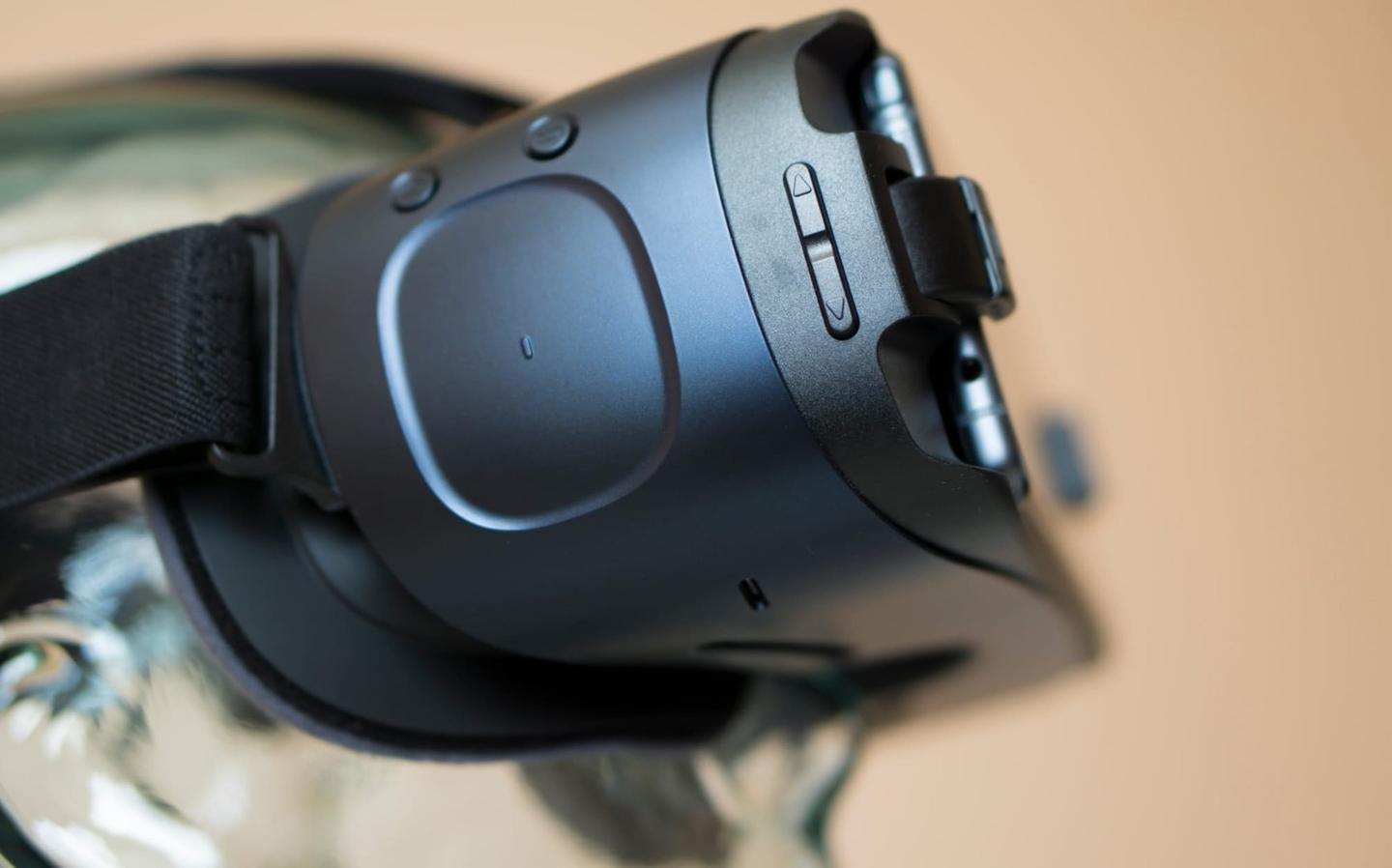 Touchpad on the side of the Gear VR headset