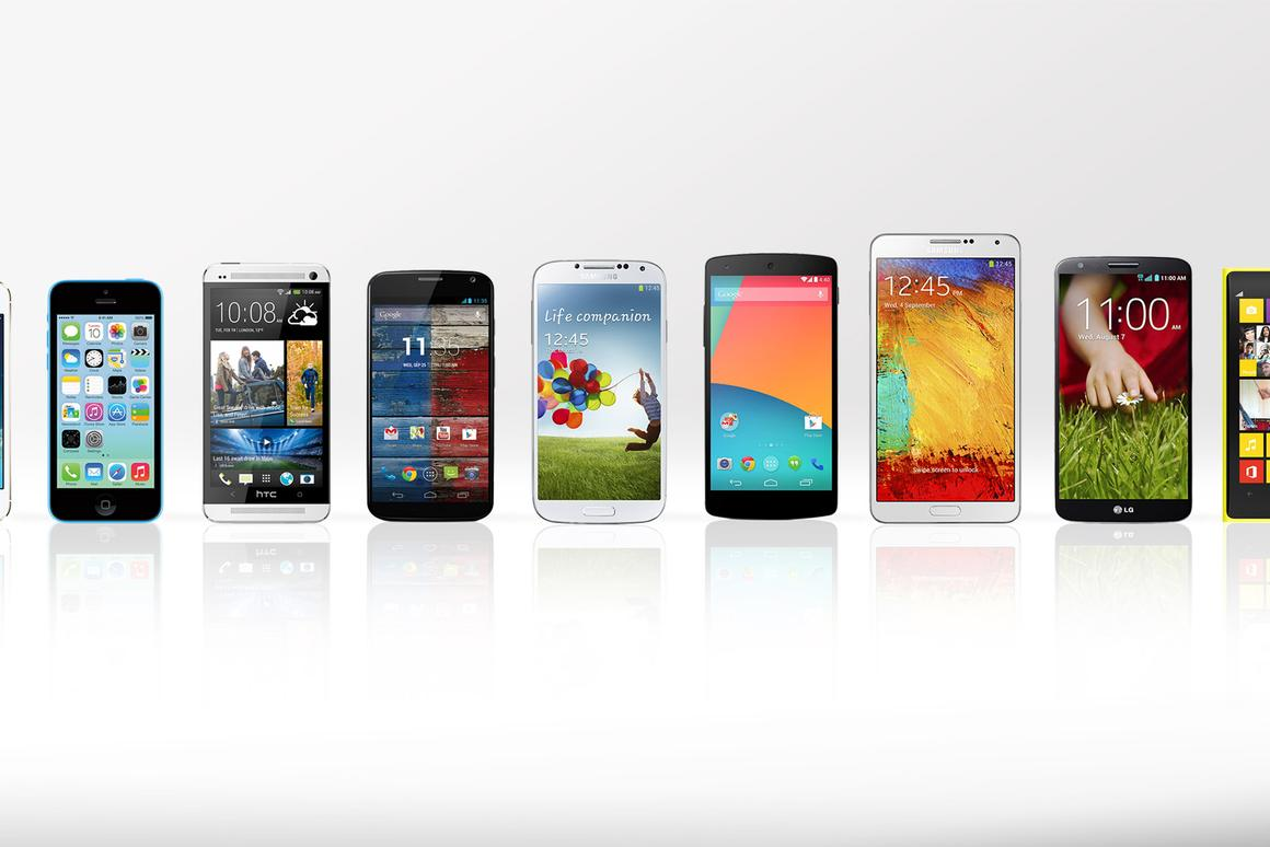 Gizmag compares the features and specs of the top smartphones of 2013