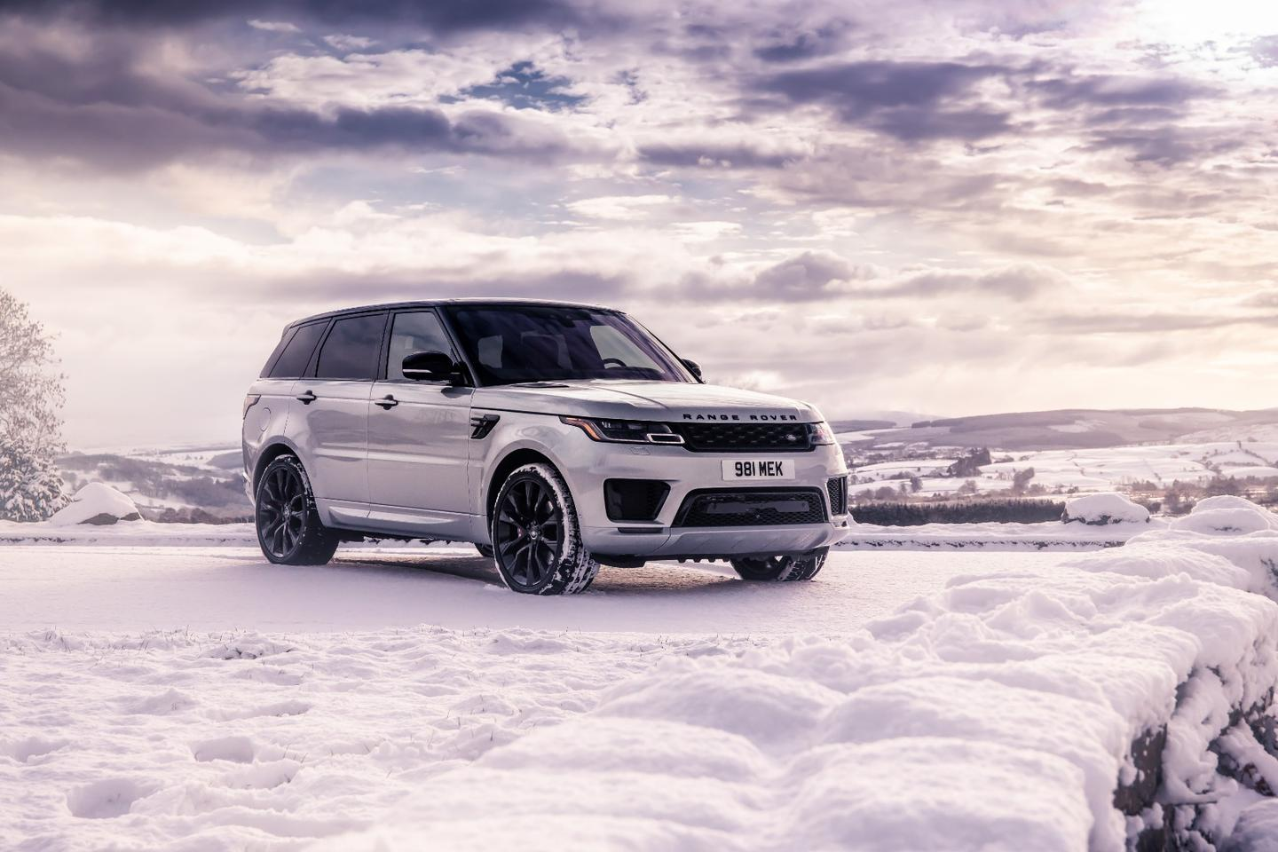 The new special edition Range Rover HST is the first model to benefit from the new Ingenium I-6 with mild hybrid system