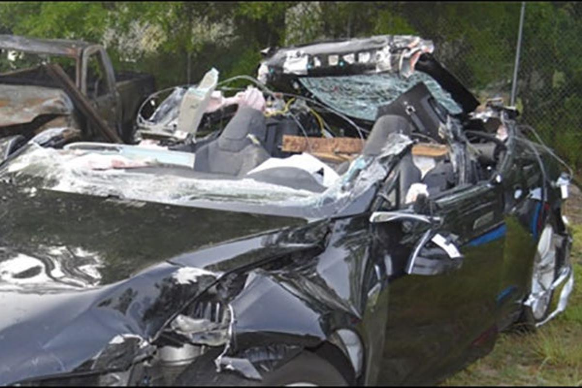 TheNTSB has reported onan accident involving a Tesla Model S in Autopilot mode in Florida last year